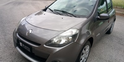 (VENDUTA) Renault Clio 1.2 unico proprietario navigatore